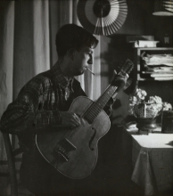 Constant playing guitar, 1949
