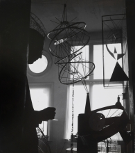 Constant Nieuwenhuys-Constant in his studio, 1960