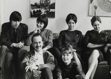 Constant Nieuwenhuys and his family, 1964