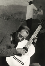 Constant Nieuwenhuys-Playing guitar in front of Nostalgia, 1982