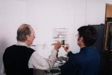 Constant Nieuwenhuys-Constant and Mark Wigley looking at the model ESR, 1998