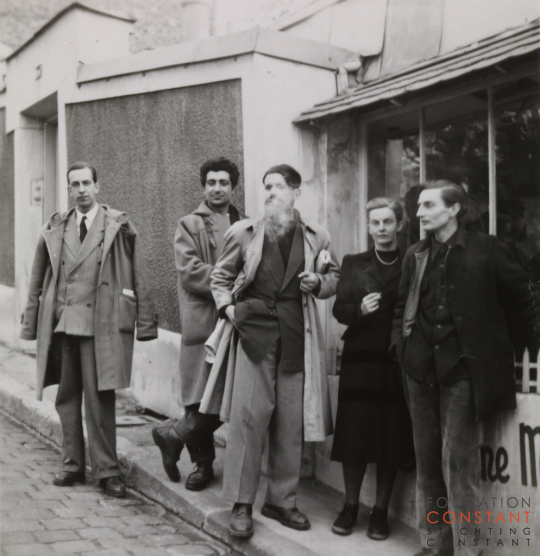 Constant Nieuwenhuys-Constant, Calliyannis, Selim Turan, Jocelyn Chewett and Stephen Gilbert in Paris, 1953