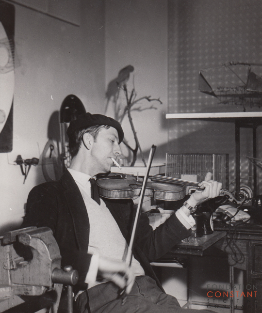 Constant playing violin, 1960