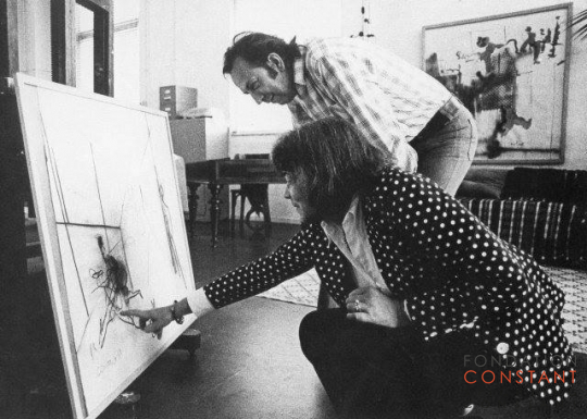 Constant and Fanny Kelk at Constant's studio Wittenburg, 1974-photo Victor Nieuwenhuys