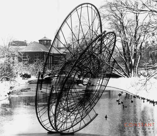 Nébulose Mécanique by Constant Nieuwenhuys at the Hortus Botanicus in Amsterdam, 1958